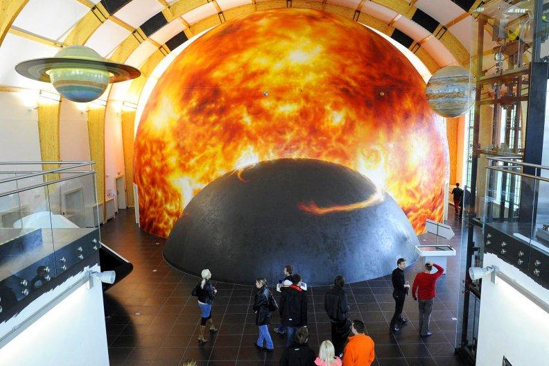 cr_vesmir_muzea_stavby_plzen_planetarium_222